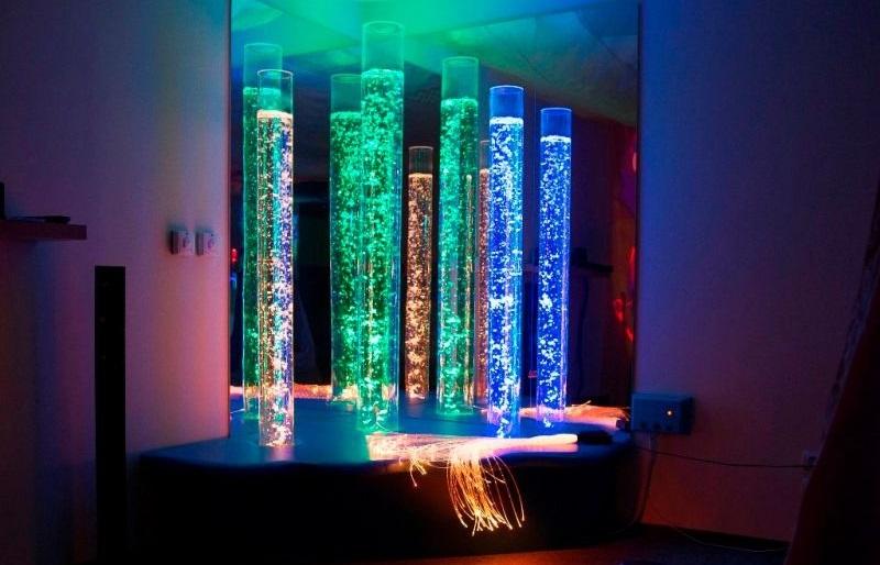 zestaw-trzech-interaktywnych-kolumn-wodnych
