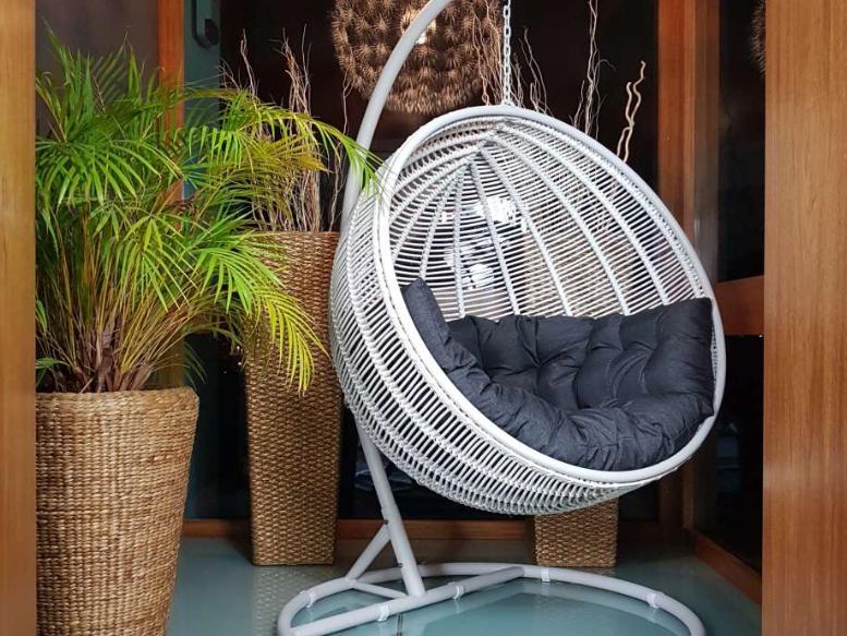 fotel wiszący do ogrodu